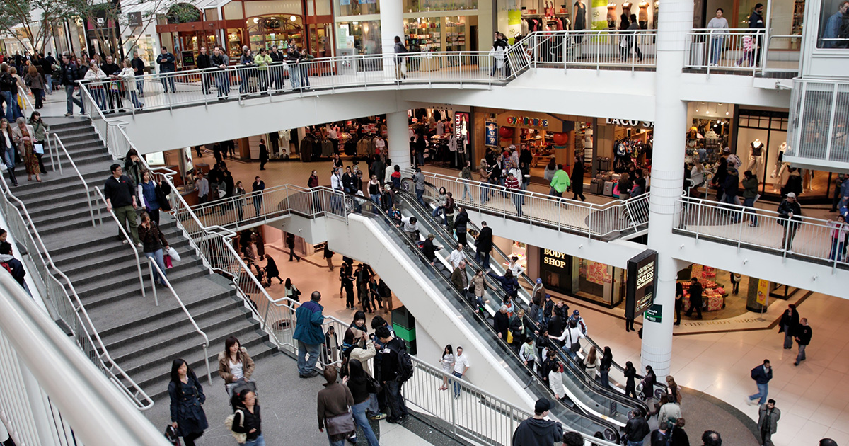 busy shopping day in a mall for black friday